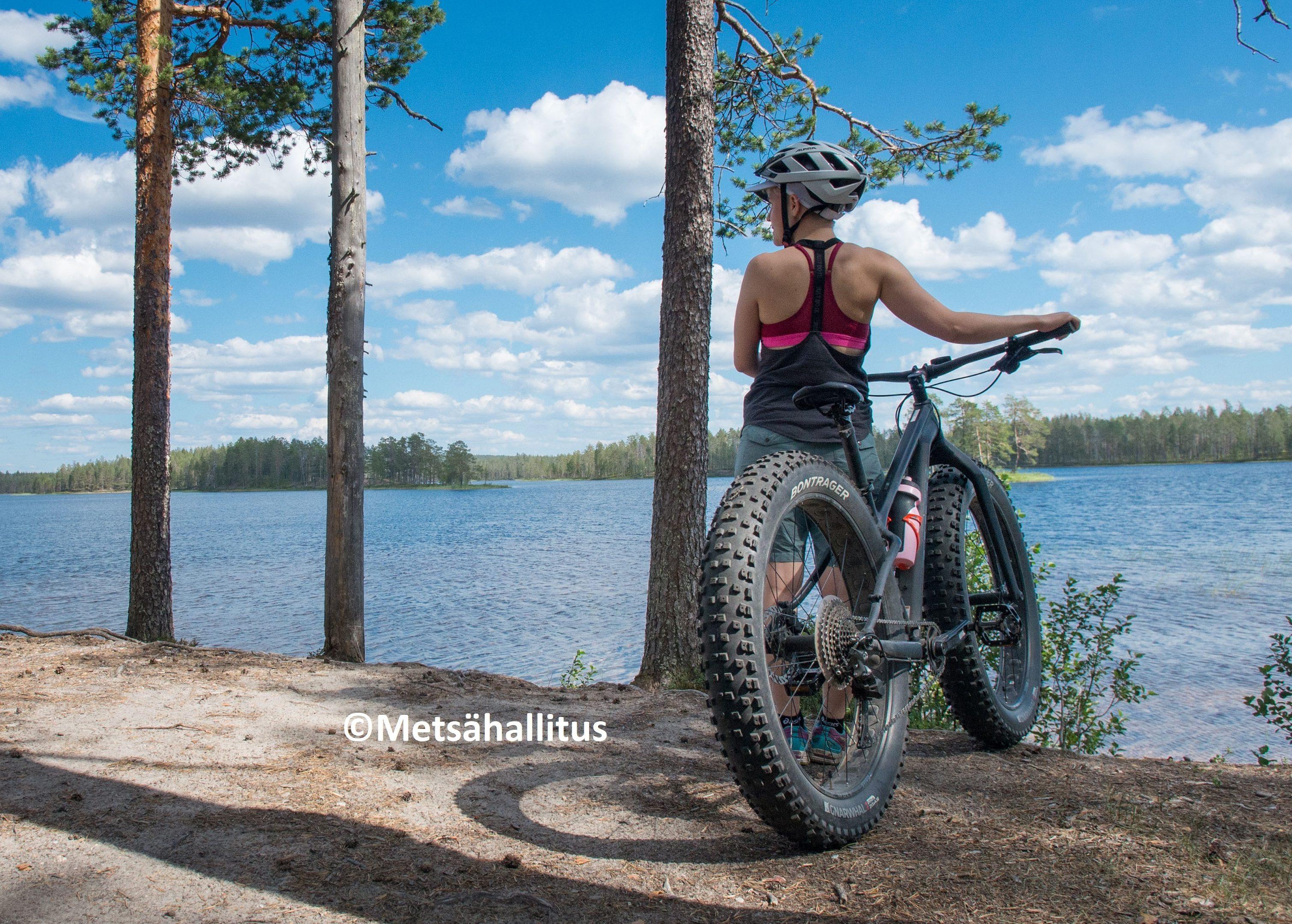 Pyöräilijä läskipyörä Kokalmus Hossa Samuli Koivistoinen 2018c medium 1 e1558108331716
